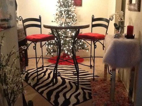 Pier One Wicker Bar Stools For Sale