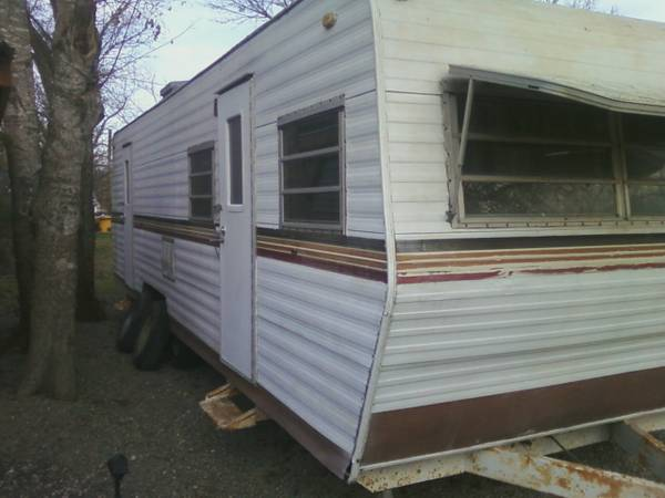 32  Travel Trailer -   x0024 1000  Mexia