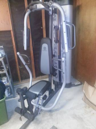 Golds gym set - $250 ( south Waco)