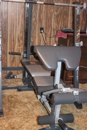 Weightlifting Rack and Weights for Sale - $300 (waco)