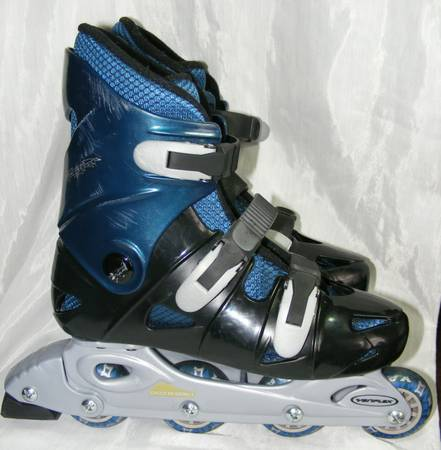 Men In Line Skates Rollerblades Raptor Size 5 By Variflex Black Blue - $30 (China Spring)