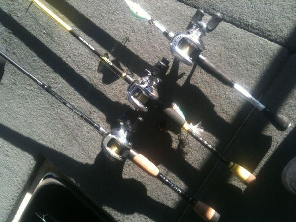 fishing rod and reels - $1 (waco)