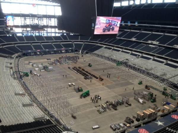 5 DALLAS COWBOYS TICKETS-All Games - $105 (Sec. 402, rows 2-3, on aisle)