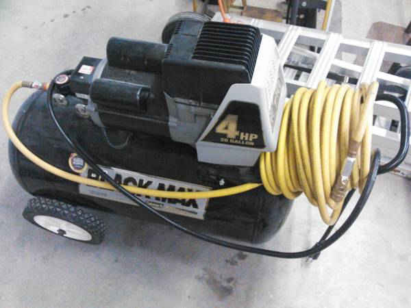 4hp 20 Gallon Compressor - Black Max - $150 (Whitney)