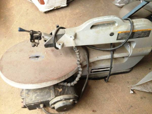Delta Shopmaster, Model SS350, 16 variable speed wood scroll saw - $199 (make offer-Waco)