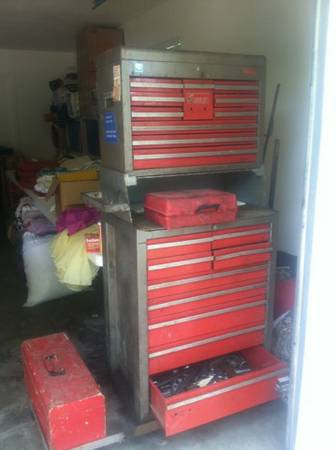 Snap on tool cabinet - $400 (Woodway)
