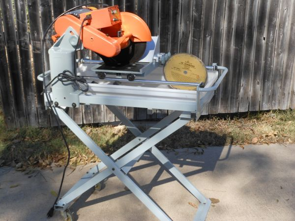 Tile Saw 1 12hp Chicago Electric - $145 (Waco)