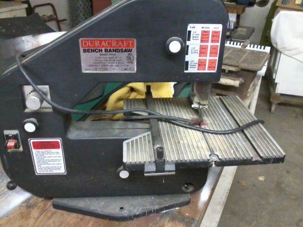 Duracraft Bench Bandsaw - $85 (Woodway)