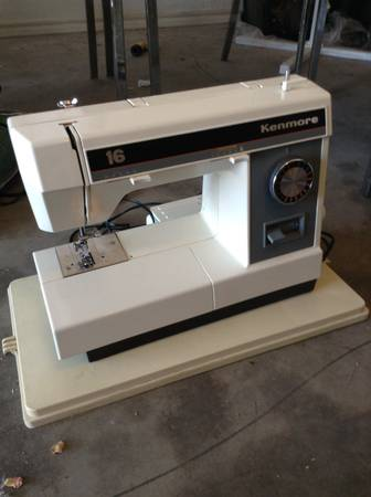 Kenmore electric sewing machine - x002430 (Lacy lakeview)