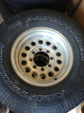 Set of rims off a Ford F250 super duty 4x4 - $100 (Woodway)