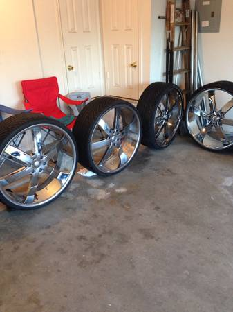 6lug 28 rims and tire - $2300 (Killeen )