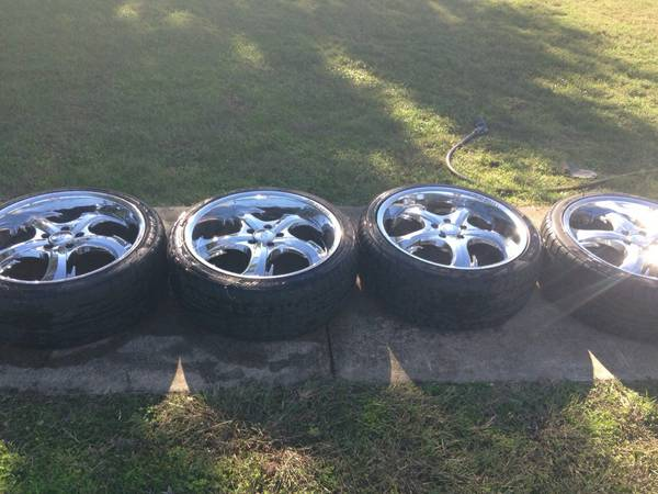 Joe Martin 20in chrome shark tooth rims - $450 (West tx)