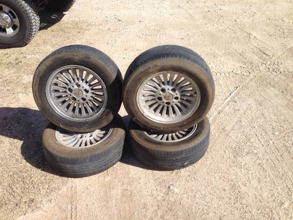 Moving sale BMW 540i wheels - x0024100 (Waco)