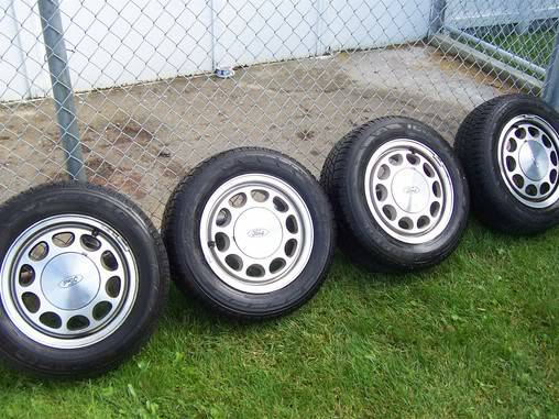 Set of 4 OEM Wheels and Tires Fox Body Mustang - $400 (Waco)
