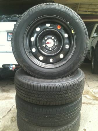 Goodyear Integrity Tires Set NEW P21565R17 With Dodge Charger Rims - $325 (Waco)
