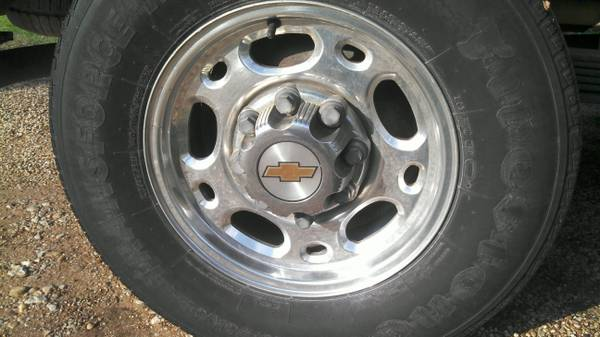 chevy 8 lug rims - $150 (waco)