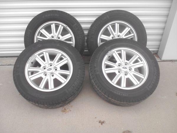 2005 - 2009 Mustang rims with tires - $750 (Waco, Tx)