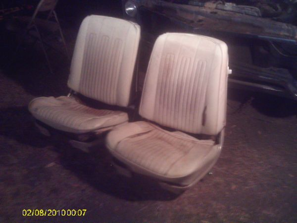 66-67-68 gm bucket seats need restored chevelle gto lemans 442 cutlass - $250 (milford tx )