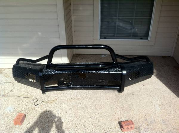 Ranch Hand Summit Bullnose Bumper For 2009-2012 Ram 1500 - $350 (waco)