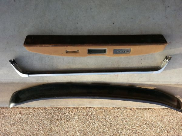 90s Ford F series Light Bar, Bug Sheild, console - $40 (Hewitt)