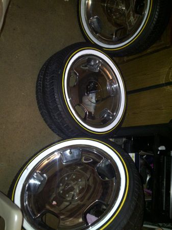 20 inch D93 lorinser and vogues - $1800 (waco)