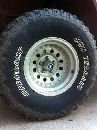 5x4.5x10 Jeep Aluminum Rims Tires - $600 (Waco)