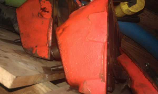sbc double hump heads, dart intake, headers - $1 (bellmead)