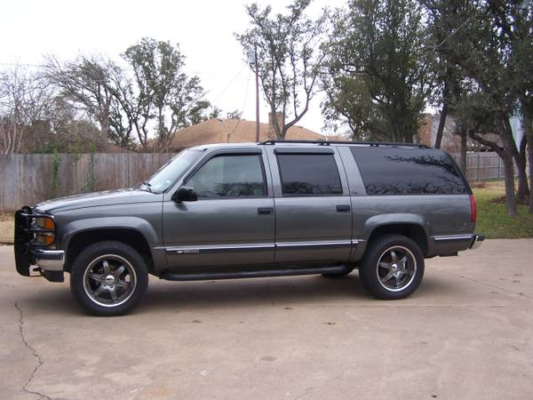 Tires  Wheels for 6 lug Chevy - $800 (Waco, Texas)