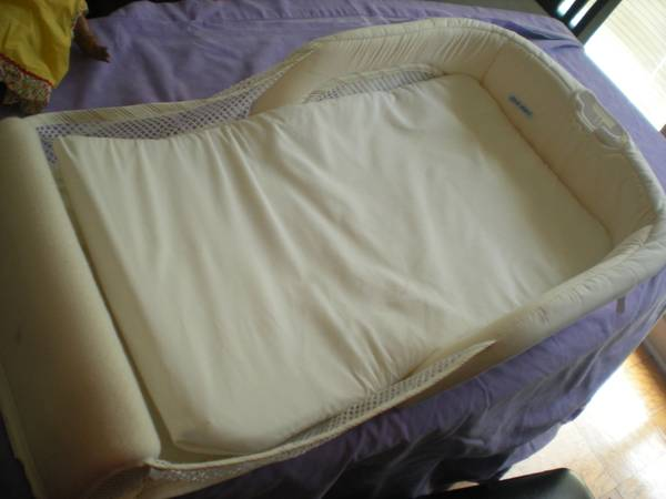 First Years Co-sleeper Travel bed - $20 (Lacy Lakeview)