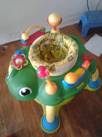 Turtletot activity center - $15 (LacyLakeview)