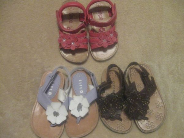 Sandals - Toddler Girl Size 8 (Waco Area)