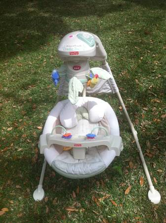 VERY NICE Fisher Price Natures Touch BABY CRADLE SWING - $60 (Waco)