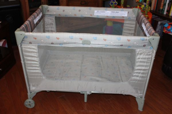 Cosco Pack n Play - $30 (Clifton)