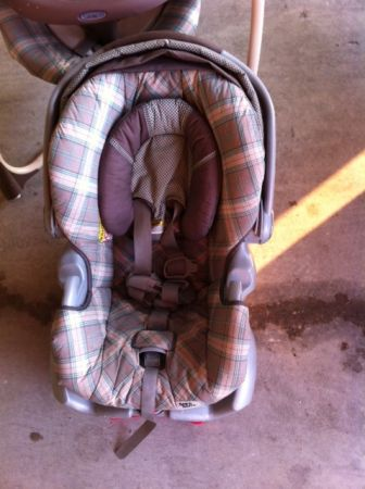 Car seat, Stroller, and Swing Matching set all made by Graco - $125 (China Spring)