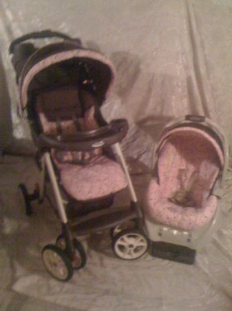 PINK AND BROWN GRACO CAR SEAT AND STROLLER - $70 (Wortham)