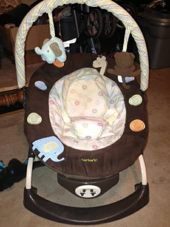 Carters bouncer - $20 (riesel)