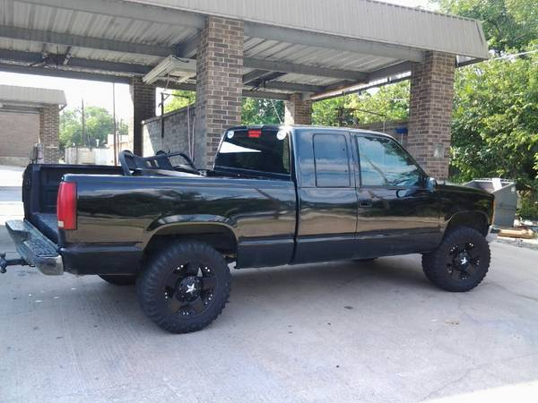 Nice 96 Chevy Extended Cab 4 inch LiftAir - $3000 (Temple)