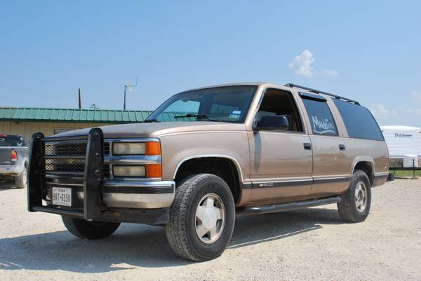 94 z71 Suburban 4x4 Deer Lease or Daily Driver - Great Rig - $2500 (Speegleville)