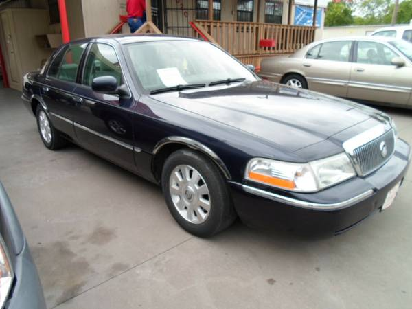 2003 Mercury Grand Marquis (The Car Barn )