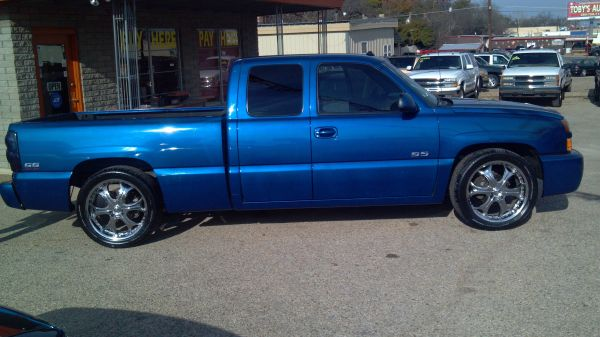 2003 CHEVY SS TRUCK - $9600 (S.W.A.T. 254-339-3548)