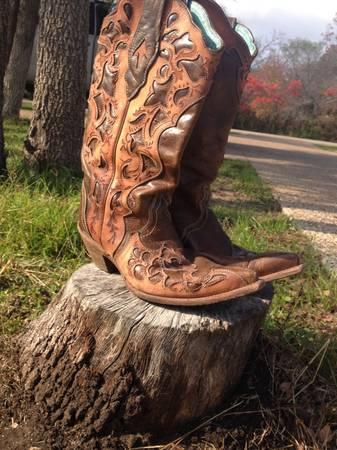 Cavenders dress boots (Waco)