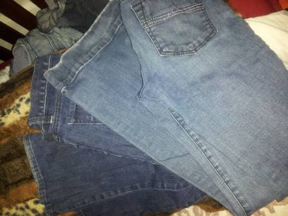 ANN TAYLOR JUNIORMISSES JEANS MAKES YOUR CURVES LOOK GREAT WORN A FEW TIMES - $15 (Waco, Texas)