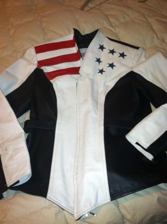 Tapered Jacket Repriced 100.00 to 50.00 White Small Ladies Leather - $100 (LORENA)