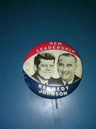 Vintage Kennedy-Johnson Campaign Pin -   x0024 25  Waco