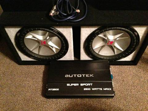 Two 12 CVR Kicker subs 4way 6x9 combo - $300 (Waco)