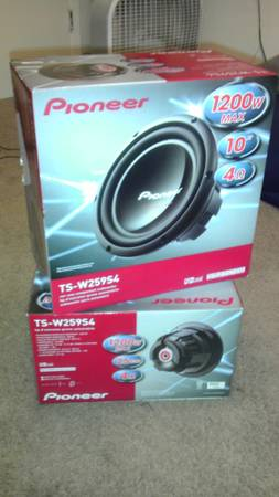 2 10 Pioneer TS Subwoofer Components - $65 (Waco )