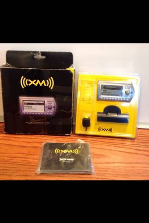 AUDIOVOX XM XPRESS SATELLITE RADIO NEW IN BOX - $50 (ROBINSON)