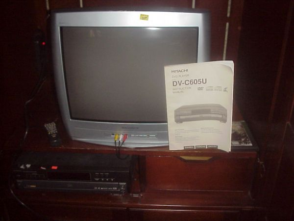 Hitachi DVD Player - $150 (Lake Whitney Marina)