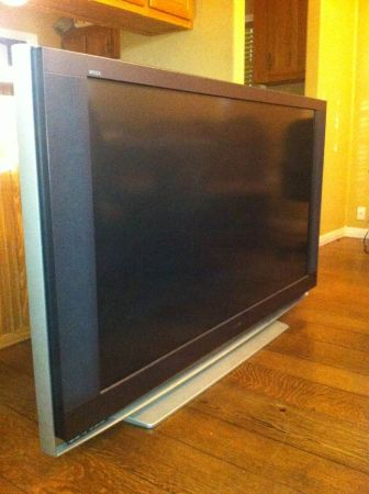 60 inch Sony flat screen - $450 (Waco)