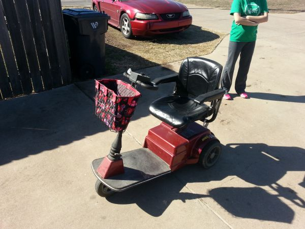 amigo electric scooter for sale - $900 (waco)